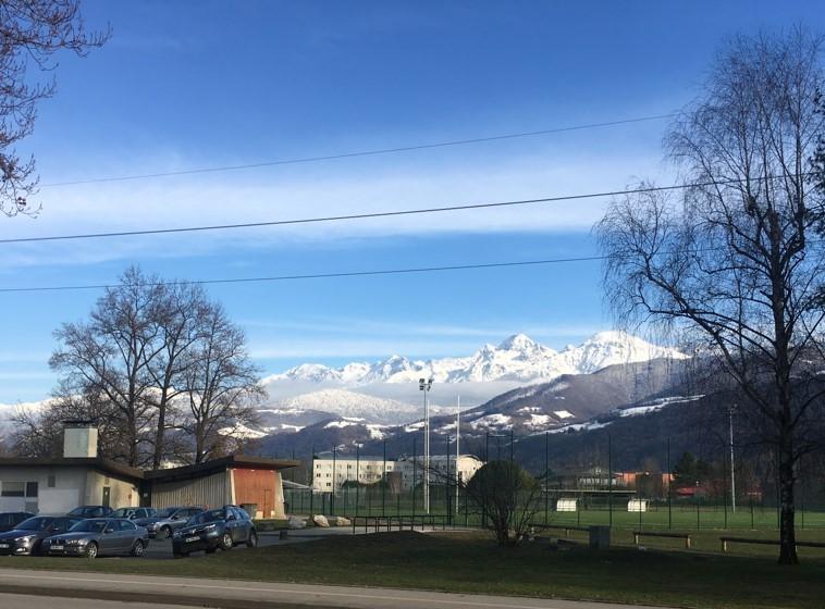 Alpenblick in Grenoble (Foto: Linda Baust)